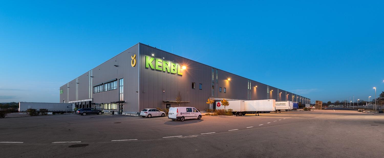 Un parteneriat de succes, din 2005. Super Farm Land, primul distribuitor Kerbl in Romania